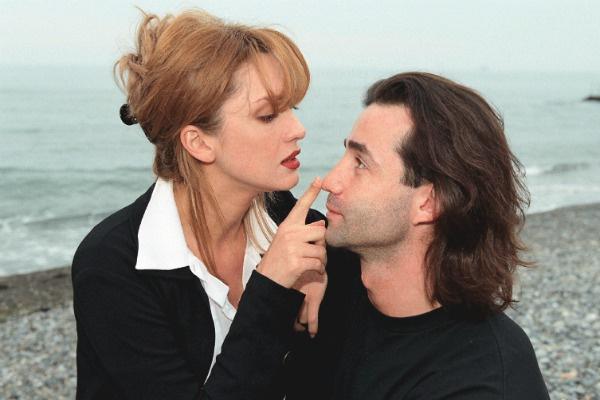 Актриса театра «Современник» и ее супруг на Черноморском побережье, май 1999 года