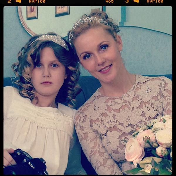 Екатерина с дочерью Софьей в день своей свадьбы