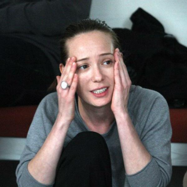 Актриса неустанно занимается воспитанием дочерей