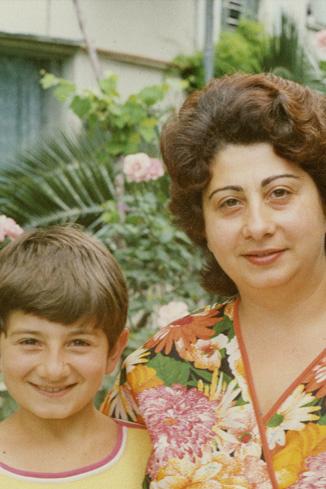 Миша с мамой