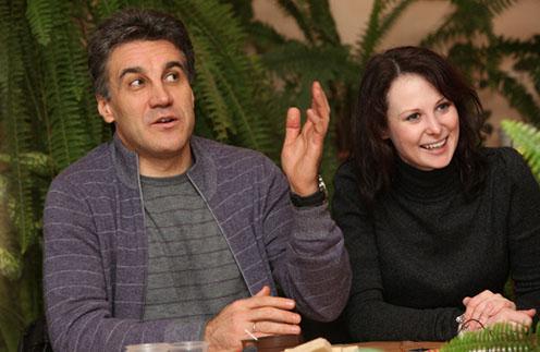 О том, что Алексей и Ольга поженились, первым рассказал старший сын продюссера Денис: «Свадьбу не праздновали, тихо расписались»