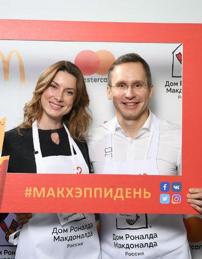 Актриса Екатерина Щербакова и Марк Карена