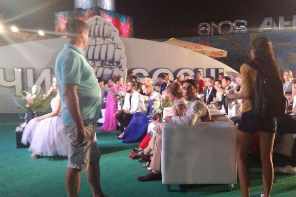 Участники конкурса перед началом фестиваля
