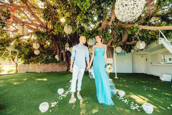 Платье на церемонию певице подарил дизайнер бренда MD Джемал Махмудов