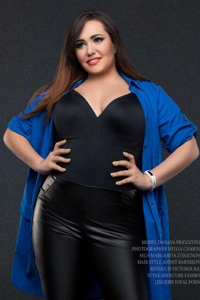 Дочь знаменитого продюсера стала моделью plus size