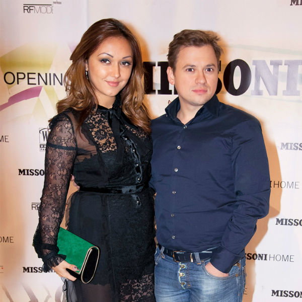 Диана и Андрей обручились год назад, но свадьбу пришлось перенести из-за болезни актера