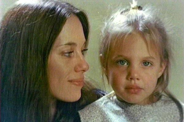 Маршелин Бертран c малышкой Джоли