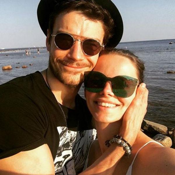 Боярская с мужем актером Максимом Матвеевым