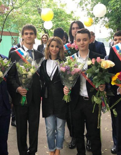 Сын Ольги Орловой в этом году тоже поступает в вуз