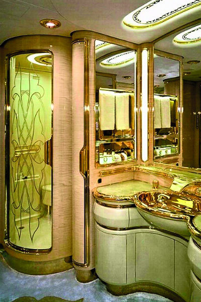 В ванной запланировано много зеркал