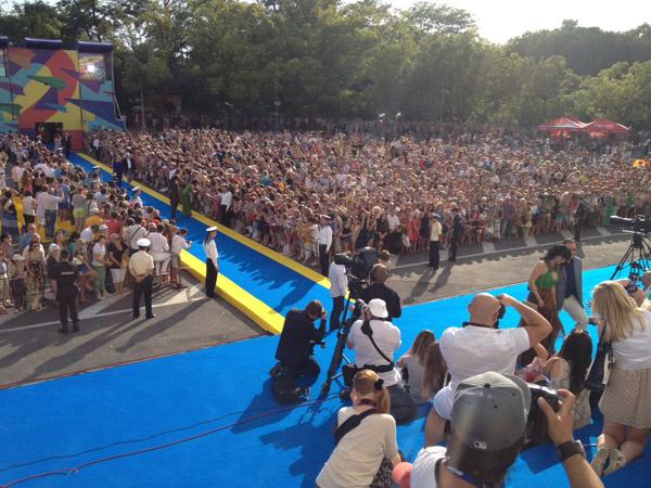 """Церемония открытия кинофестиваля """"Кинотавр-2013"""""""
