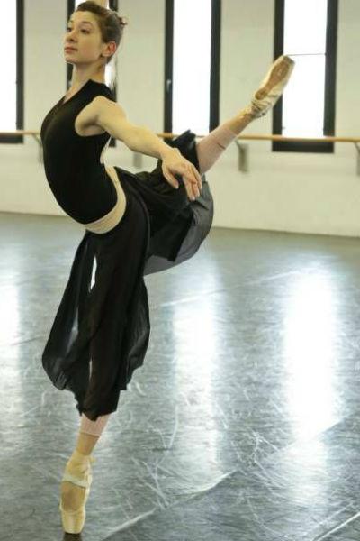 Балерина Антонина Чапкина попала под трамвай