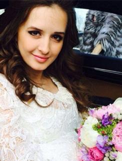 Маргарита Агибалова на свадьбе с Павлом Марсо