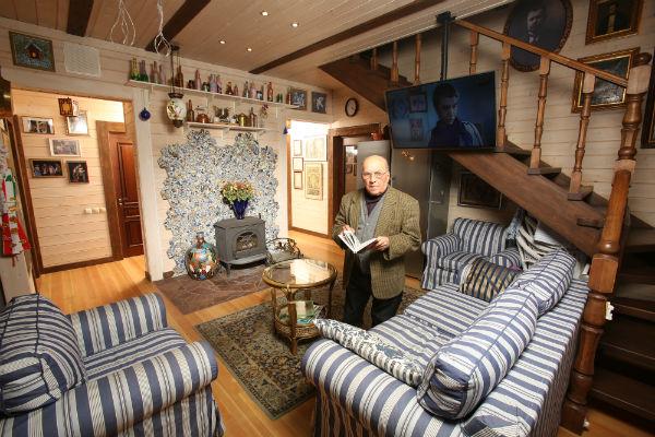 Дизайн загородного дома  Лев Дуров создал вместе  с дочерью
