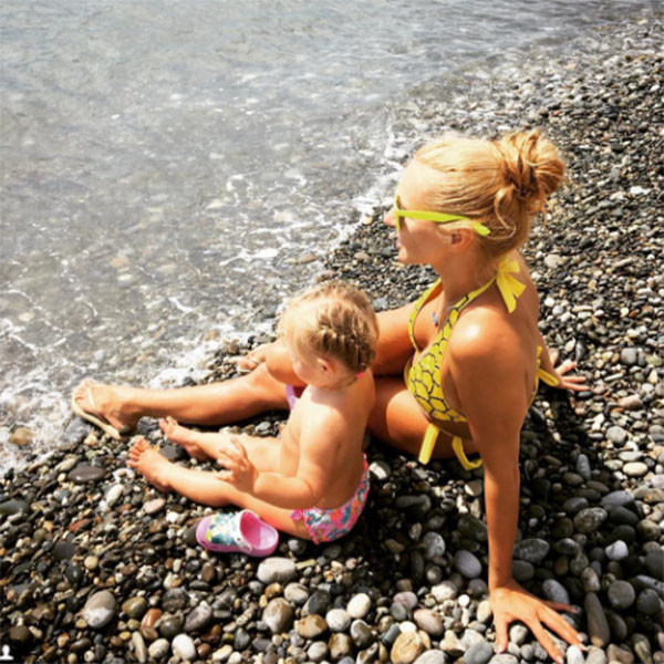 Татьяна Навка все свободное время в Сочи посвящает дочке Наде