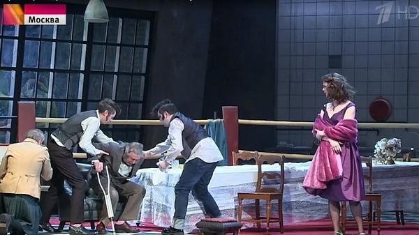 В спектакле по пьесе Гарольда Пинтера Михаил Ефремов сыграл 70-летнего бывшего хозяина мясной лавки Макса