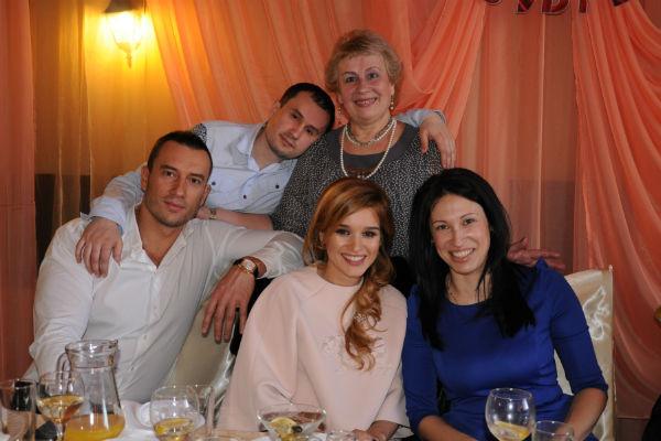 Татьяна Михайловна была хорошим другом и советчиком для сына Михаила и его возлюбленной Ксении Бородиной