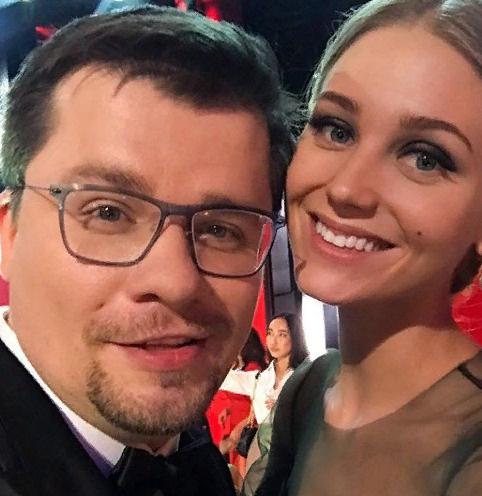 Гарик Харламов сообщил о смерти отца