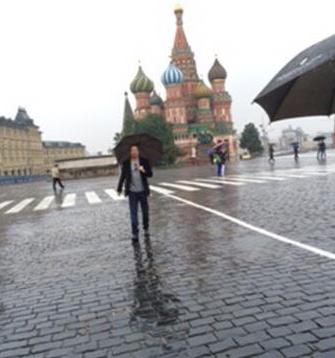 Дэвид Духовны на Красной площади
