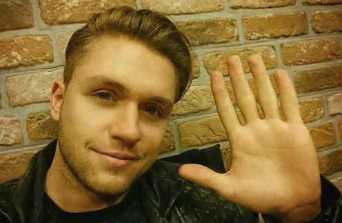 Влад Соколовский не попал на самолет