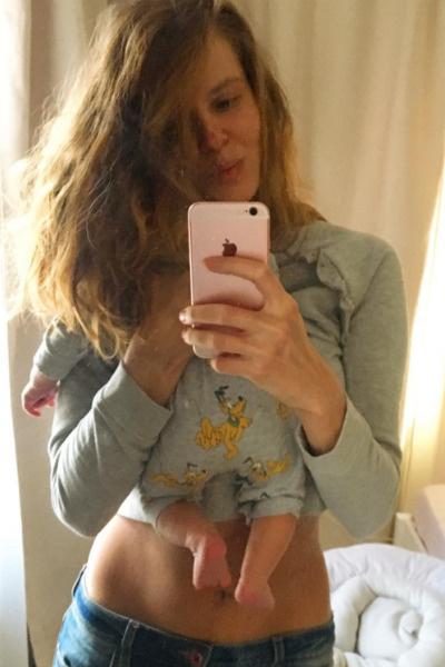 Ольга перестала скрывать ребенка