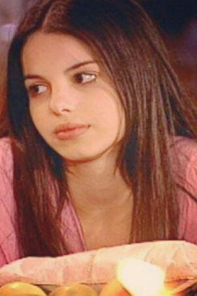 Стефани Бриту до сих пор крайне популярна в Бразилии