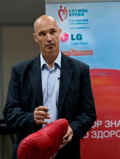 Посол добрых дел LG спортсмен Георгий Цыбульников