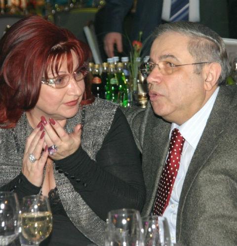Почему Степаненко требует 57% имущества у Петросяна