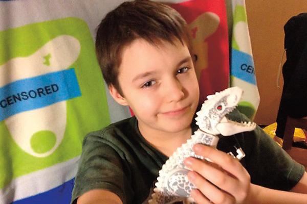 Школьник с четырех лет увлекается динозаврами