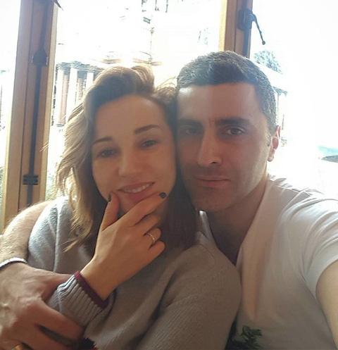 Супруг Анфисы Чеховой обратился к ней после слухов о расставании
