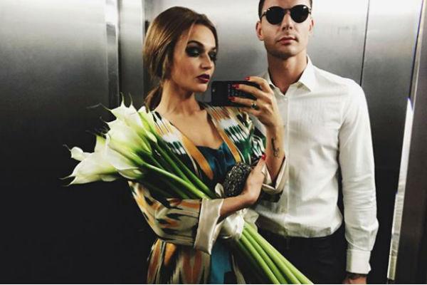 Впервые вместе вышли в свет Алена и Антон в июле, когда стали гостями на свадьбе Ксении Бородиной