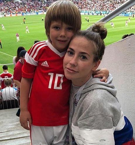 Юлия Барановская с Арсением