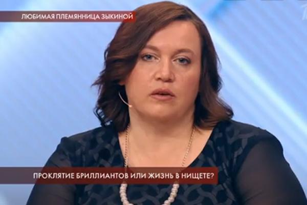 Екатерина живет с сыном в деревне