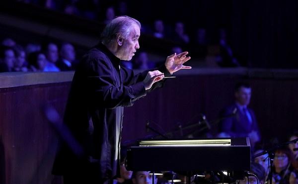 Дирижер – художественный руководитель и директор Государственного академического Мариинского театра Валерий Гергиев