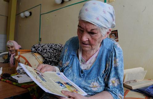 """Антонина Ивановна очень обрадовалась прошлогодней статье из """"СтарХита"""", где мы писали о ней и ее соседях по дому престарелых"""