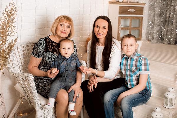 За Нину Иванову из Нижневартовска ратуют ее дочь с внуками