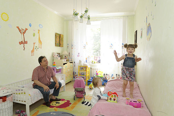 Детская в нейтральных тонах - подходит для сына, и для дочки