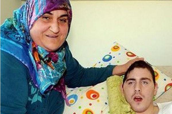 Умут прожил в турецкой семье почти десять лет