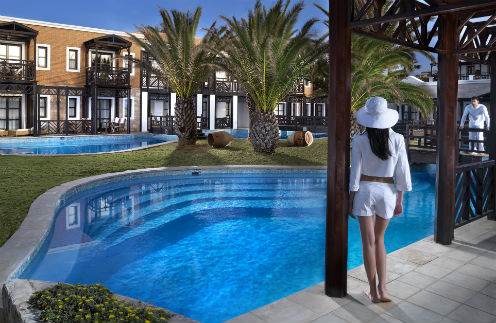 Отель на критском курорте признан лучшим на World Luxury Hotel Awards