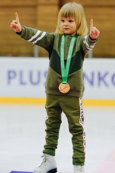 Саша Плющенко завоевал свою первую золотую медаль