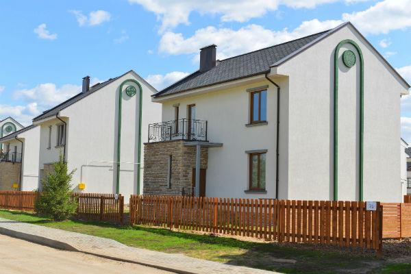 Дом актрисы построен в ирландском стиле