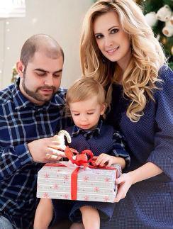 Ольга и Илья Гажиенко с сыном Кириллом