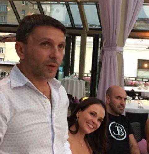 Леонид Барац с избранницей Анной и другом Ростиславом Хайтом