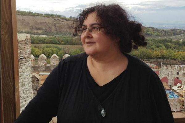 Елена Гремина являлась одним из авторов сценария телевизионного многосерийного фильма «Петербургские тайны». Главный автор сериалов «Адъютанты любви» 2005 год, «Тридцатилетние» (2008), «Любовь на районе» (2010)