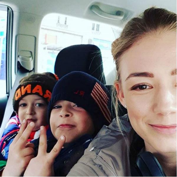 Актриса с детьми от второго брака