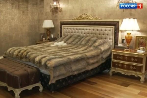 Спальня Миланы Тюльпановой
