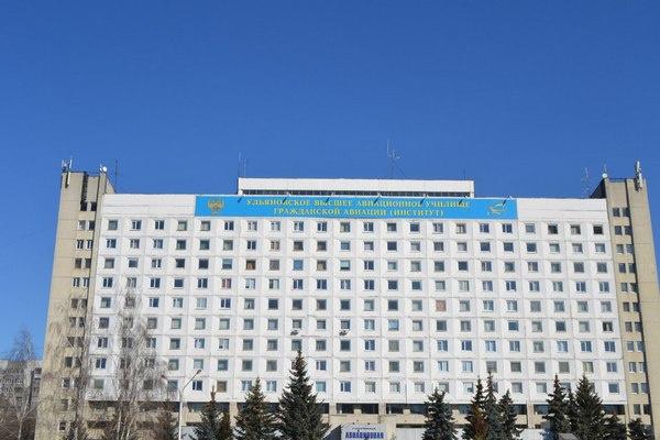 Мэр Екатеринбурга Евгений Ройзман поддержал курсантов