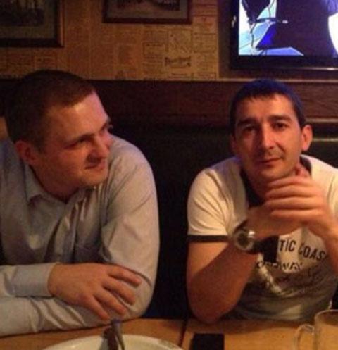 Андрей Мищенков (на фото слева) и папа погибшей Насти Владимир Мещеряков дружат со времен учебы в Суворовском училище