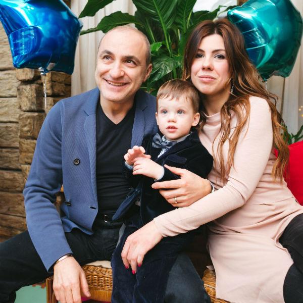 Михаил Турецкий с дочерью и внуком
