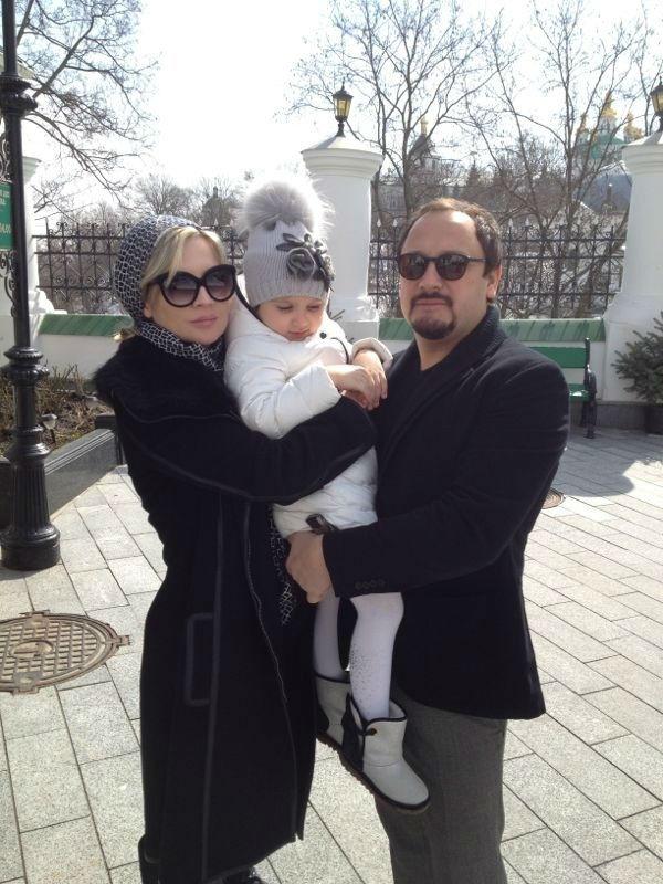 Инна и Стас с дочкой Иванкой в Киеве